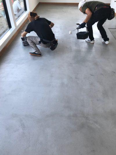 クリエイティブカラー株式会社_燕市新築塗装写真